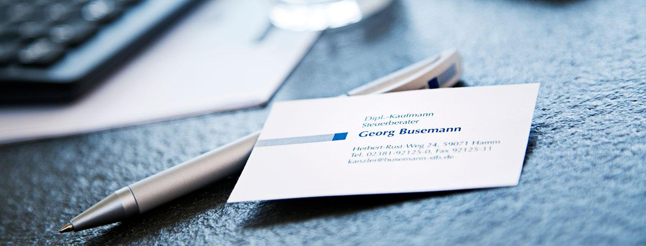 Kugelschreiber und Visitenkarte Steuerberater Georg Busemann